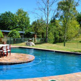 Alpine Inn Khancoban - pool