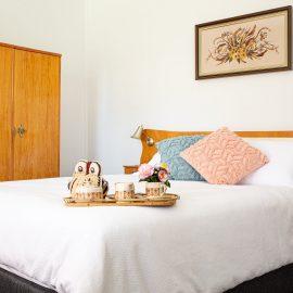 Queen Bedroom with  original 1950's Bedroom Suite.